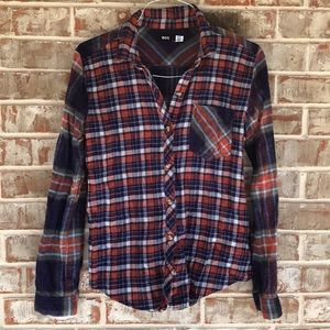 UO BDG Plaid Flannel SOFT long sleeve button up